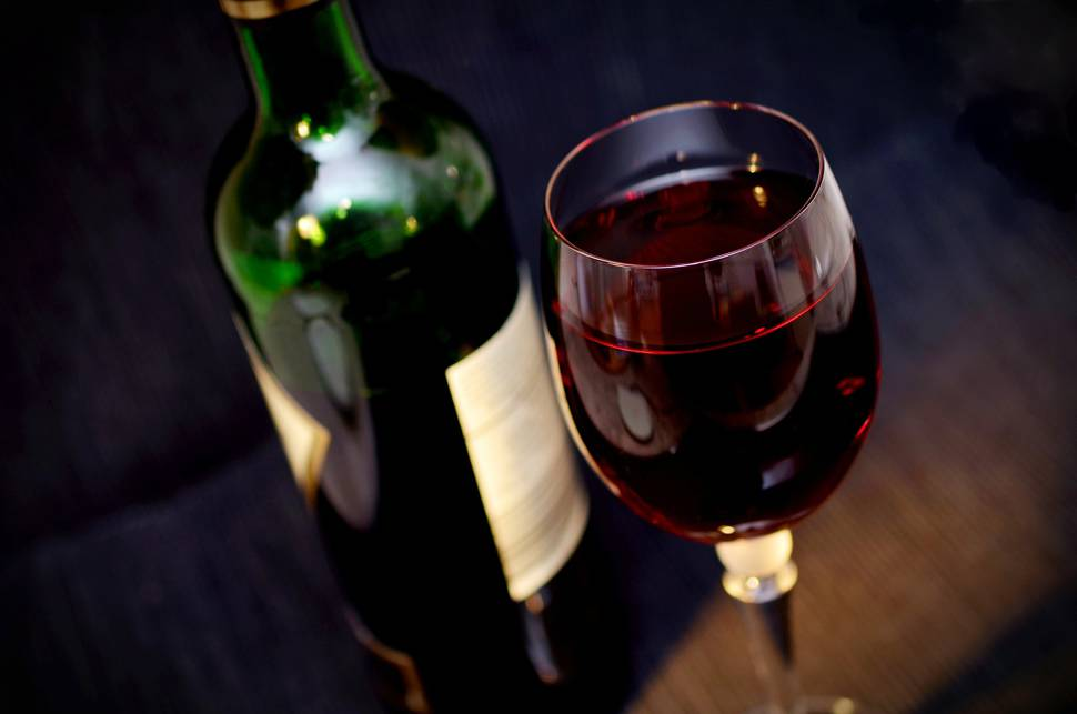 photo-red-wine-alcohol-drink[1]