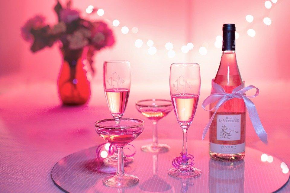 pink-wine-1964457_960_720[1]